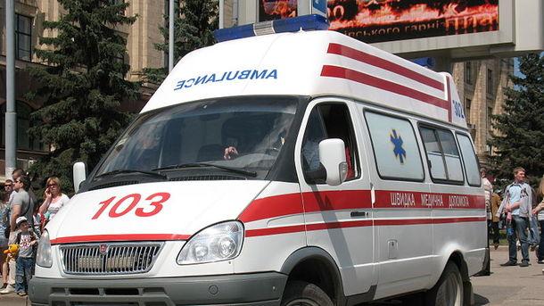 «Стояла в помещении соцзащиты и вдруг упала»: В Запорожье в очереди за соцпомощью умерла женщина