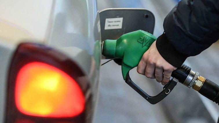Это еще не предел! На украинцев ждет резкое подорожание цены на бензин
