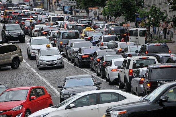 Парковочные места по-новому: что изменится для украинцев