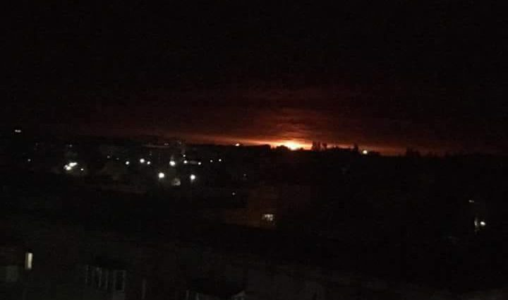 Спасатели изо всех сил пытаются устранить пожар: В Ичне возобновились взрывы
