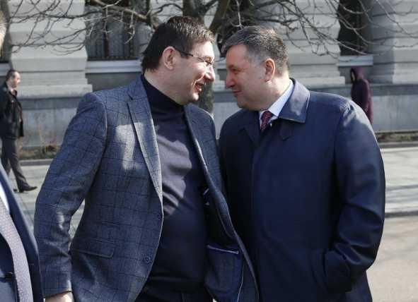 Хотел посмотреть в глаза Луценко и Авакова: Активист на которого было совершено покушение, сделал заявление