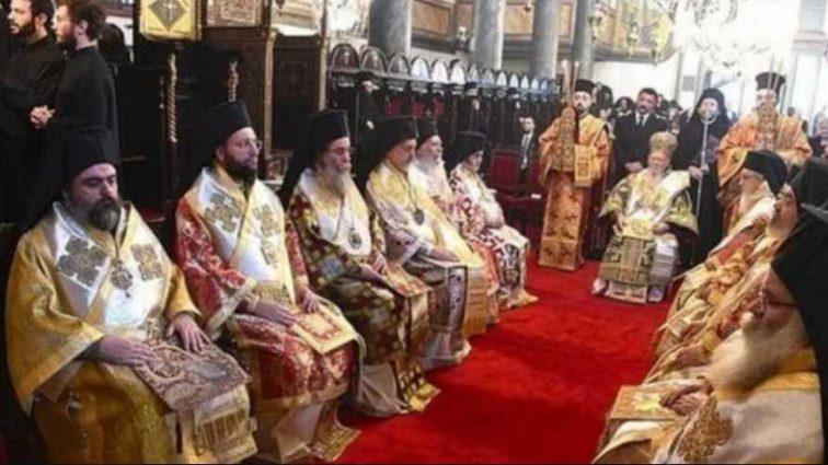В УПЦ КП уточнили, когда Синод решит судьбу Томосу