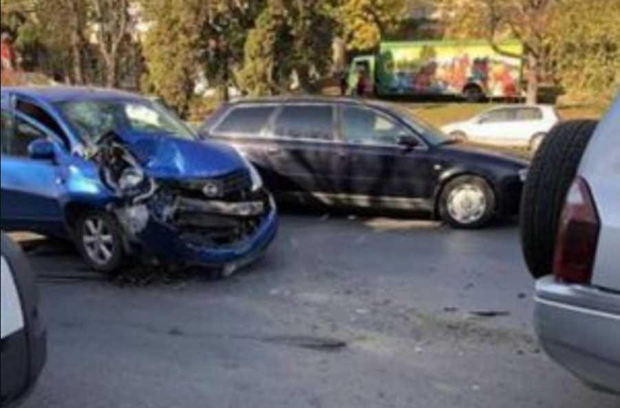 ДТП в прямом эфире: девушка попала в аварию во время стрима в Instagram