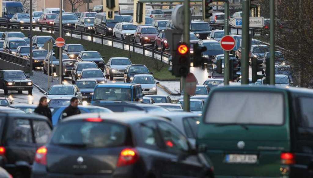 Придется платить каждый год? Какой сюрприз готовят владельцам б/у авто в Украине