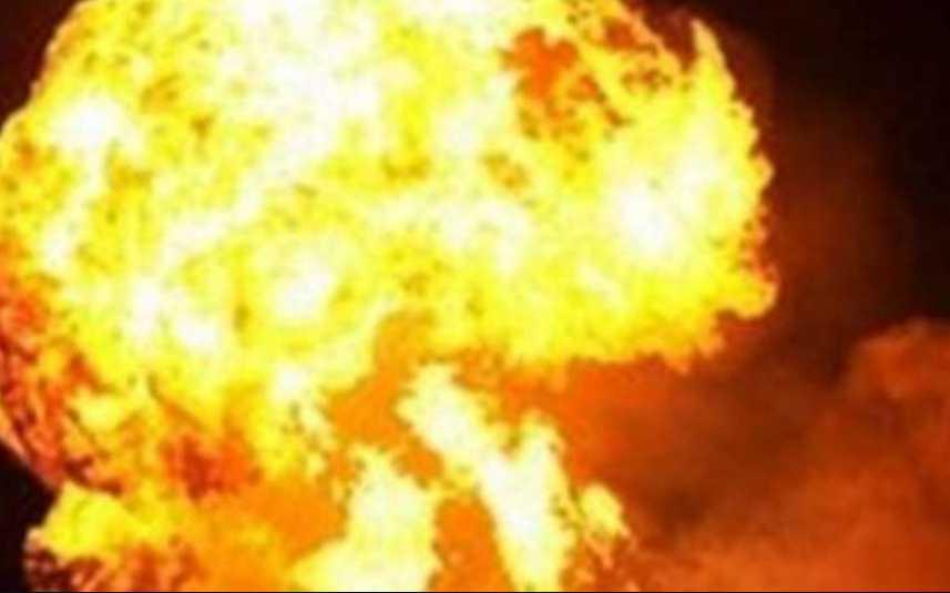 Люди напуганы! Во Львовской области в центре города взорвали фонтан