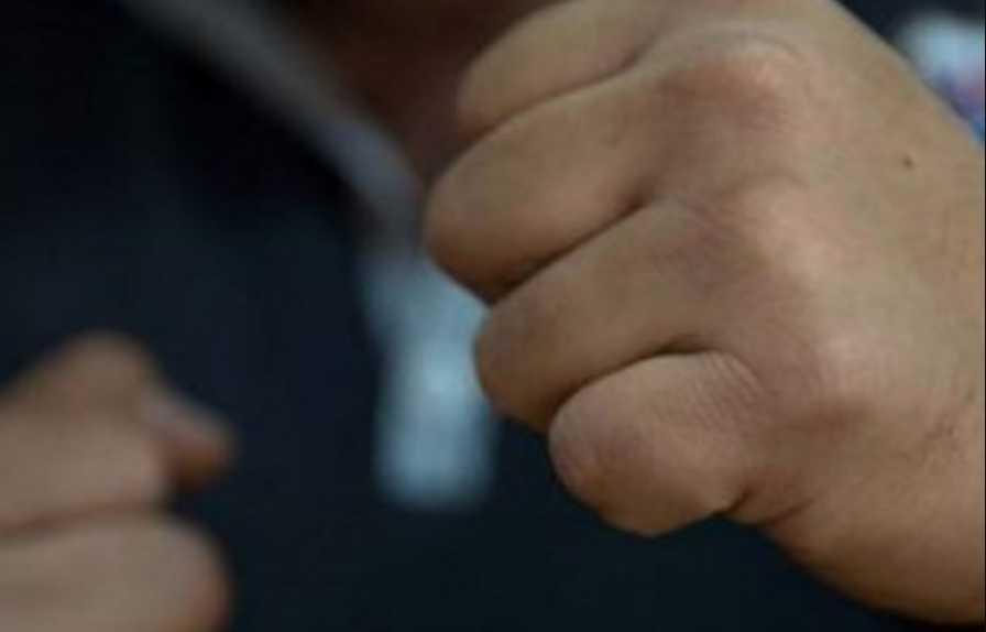 «Вышел из машины и начал бить» Депутат от »:  Опоблоку » жестоко избил ребенка на глазах у свидетелей