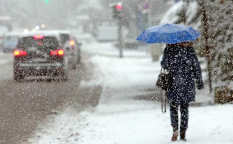 Зима пришла: в Украине выпал полуметровый слой снега