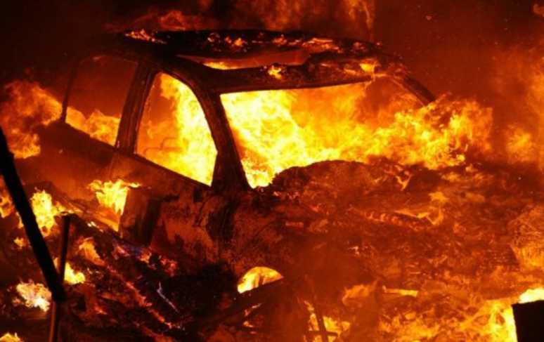 Это не первая попытка: под Одессой взорвали автомобиль секретаря совета
