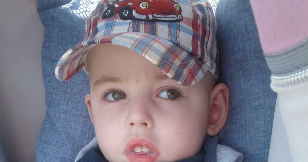 На 10 мин в мальчика остановилось сердце: маленьком Роме необходима ваша помощь
