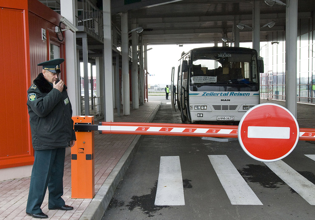 Планируется массовая депортация: на границе с Польшей началась «охота» на украинцев