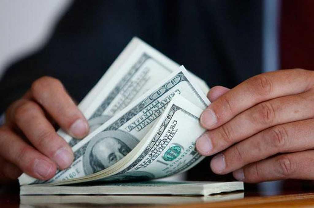 Требовал 3 тысяч долларов: в Одессе на взятке поймали замвоенкома