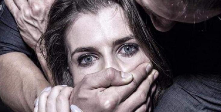 Узнав едва не покончила с собой: В Киеве отпустили мужчин которые 5 часов издевались над 16-летней девушкой