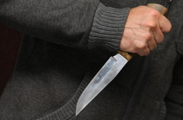 Ударом ножа в сердце: В Днепре убили работника прокуратуры