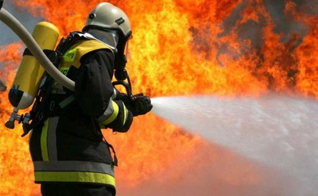 Крупный пожар в центре Киева: Горит здание Минсоцполитики, началась эвакуация
