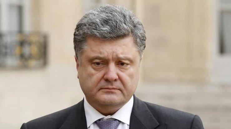 Это трагедия, гибнут украинцы: появилась реакция Порошенко на массовое убийство в Керчи