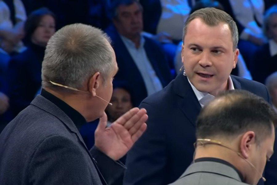 «Россия же — это отстойник!»: Украинец в эфире российского телеканала остро ответил пропагандисту Кремля