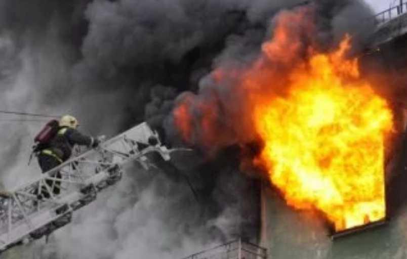 В Харькове вспыхнуло общежитие, пострадали студенты: первые подробности трагедии
