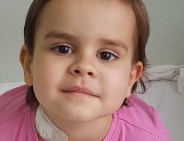 Почти два года провела в больнице через страшный диагноз: Маленькой Валерии срочно нужна ваша помощь