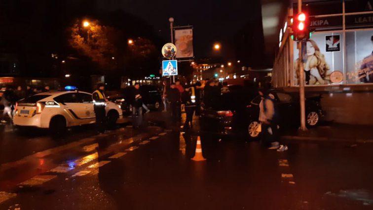 Новая «Зайцева»: мажорка протаранил отель в центре Львова