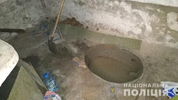 Живьем залил цементом: В Николаеве мужчина жестоко убил пенсионера