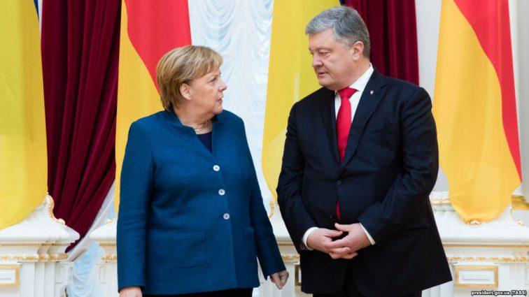 Меркель в Киеве: Германия выделит Украине большую сумму