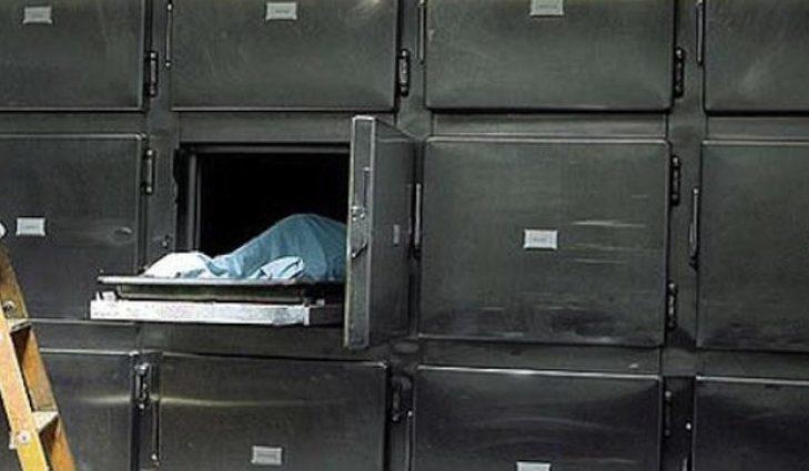 Чтобы забрать тела близких, убиты горем люди платят деньги: В Днепре у мужчины требовали деньги, чтобы получить из морга тело его матери