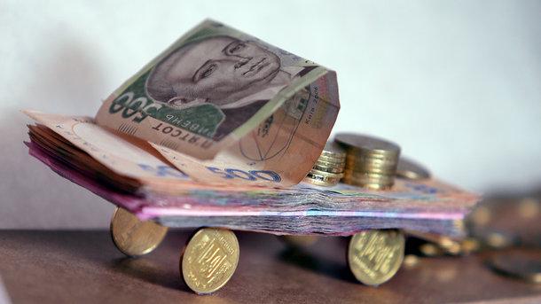 Придется платить десятки тысяч гривен: Власть подготовила необъятные налоги на подержанные машины