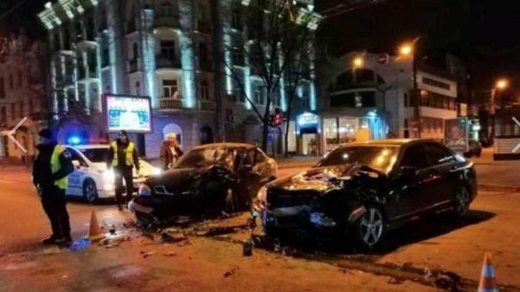 В Харькове на Сумской снова произошла опасная ДТП: ранены три человека