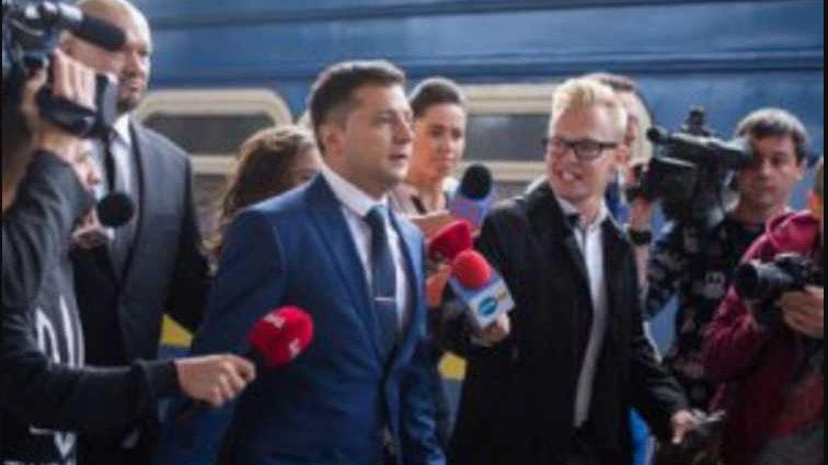 «Я не шучу»: Появились новые подробности подготовки Зеленского к выборам