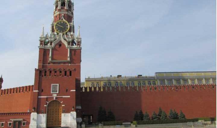 «В Кремле уже знают, кто пройдет во второй тур выборов в Украине»: Эксперт раскрыл все карты