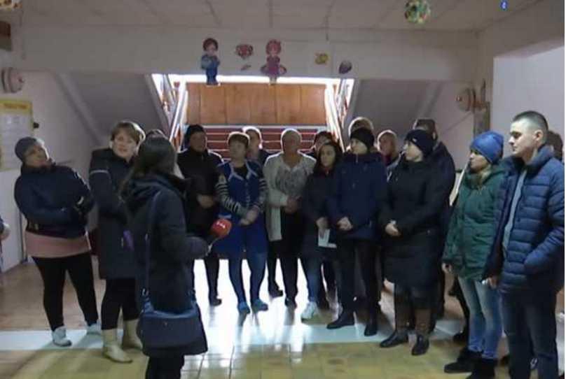 Унижает детей и учителей: в школе на Волыни разгорелся скандал из-за директора-тирана