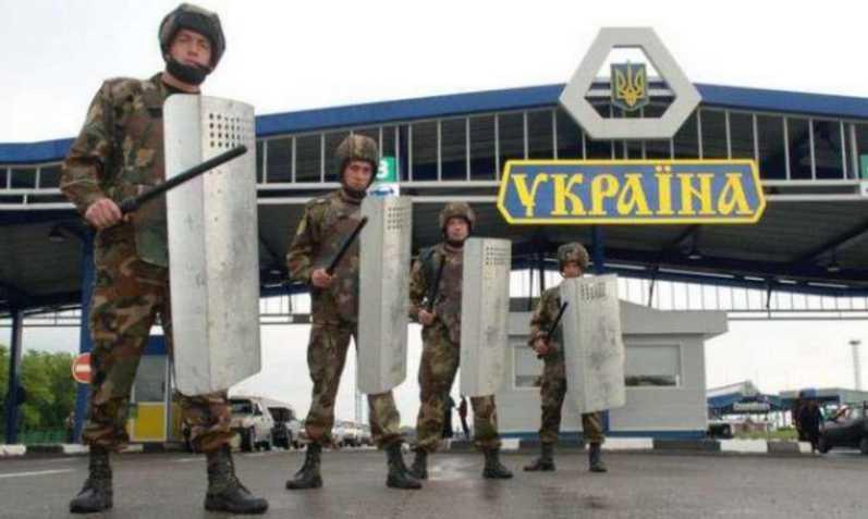 Ситуация на границе обострилась: проводят массовые обыски на Западе Украины