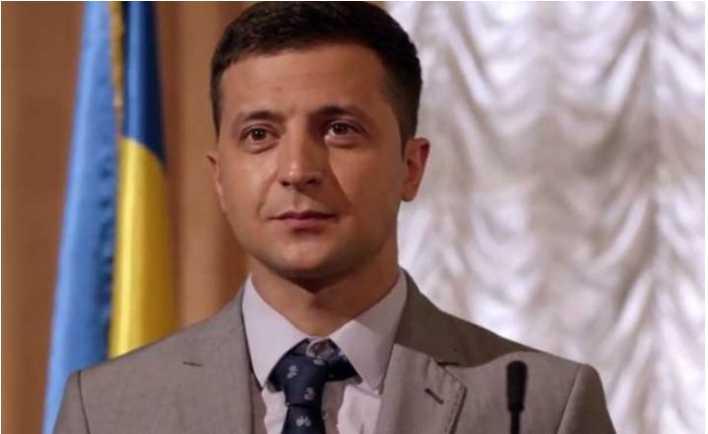 «То зэк, то клоун»: Президентские амбиции Зеленского разозлили украинцев