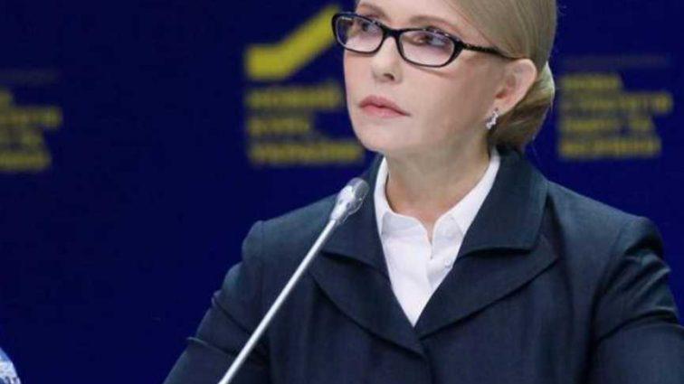 Кликуха у него «Бес»: В Раде Тимошенко и представитель Порошенко обменялись «любезностями»