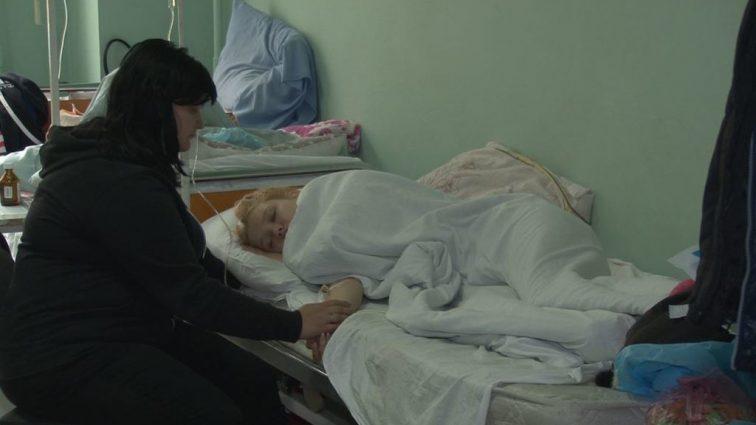 Под Киевом ребенок на ходу выпала из маршрутки: первые подробности