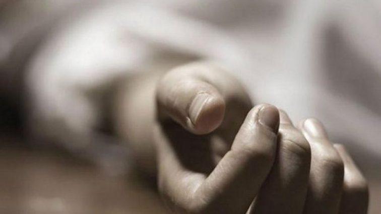 «Из-за мужика сломать жизнь ребенку»: Мать повесилась в присутствии малыша