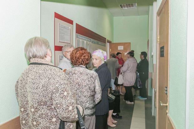 Уже нечем платить: украинских пенсионеров оставили на произвол судьбы, что нужно знать каждому