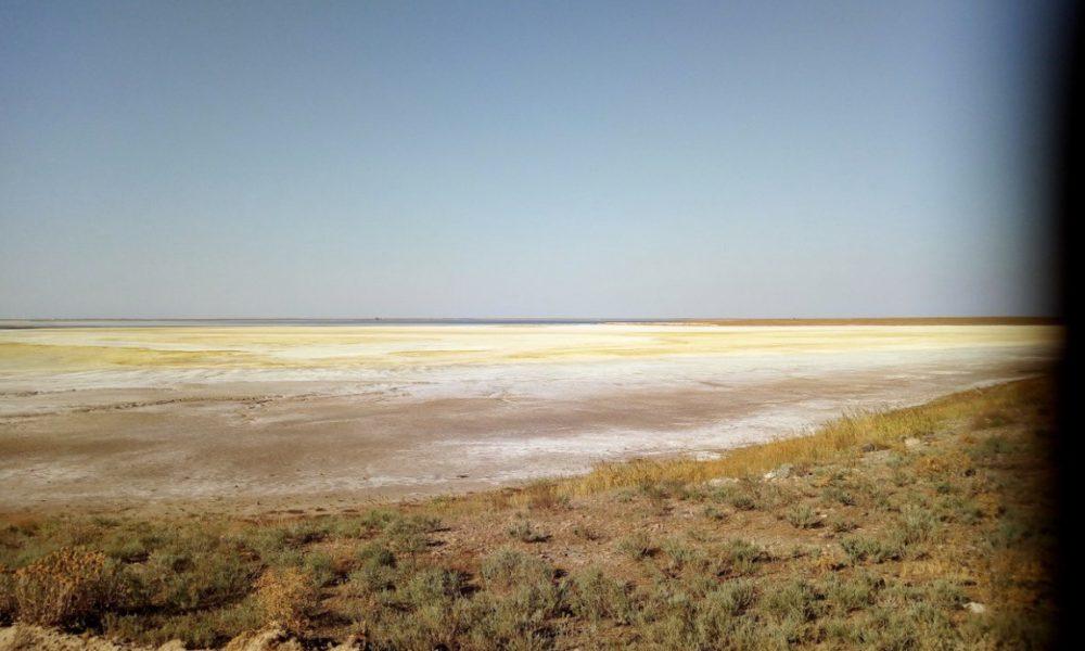 Песок превратился в яд: в Крыму грядет новая экологическая катастрофа