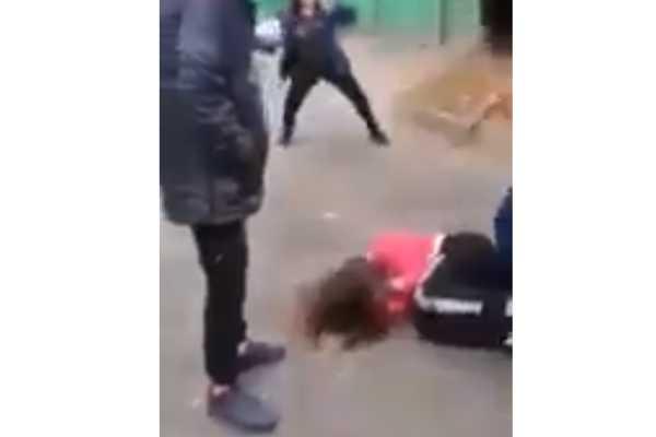 В течение трех часов зверски избивали: сверстники жестоко надругались над 14-летней школьницей