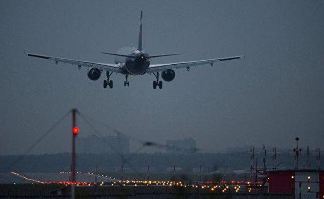 В столичном аэропорту «Борисполь» пассажирский самолет потерпел крушение, разворачивают все самолеты: первые подробности