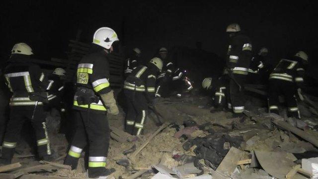 Здание просто сложилась внутрь: Мощный взрыв разрушил два дома в Херсоне, первые подробности трагедии