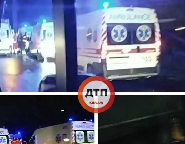 Прибыли четыре » быстрых »: под Киевом маршрутка столкнулась с фурой, первые подробности