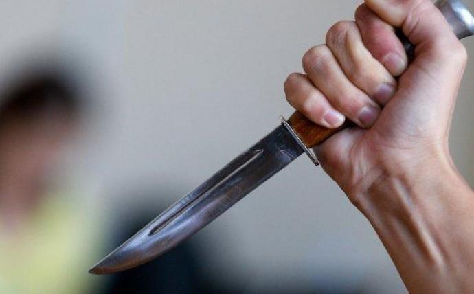 «Перерезал горло и оставил умирать»: На Закарпатье сын жестоко убил мать