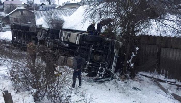 Смертельное ДТП в Тернопольской области: турецкая фура слетела с обрыва