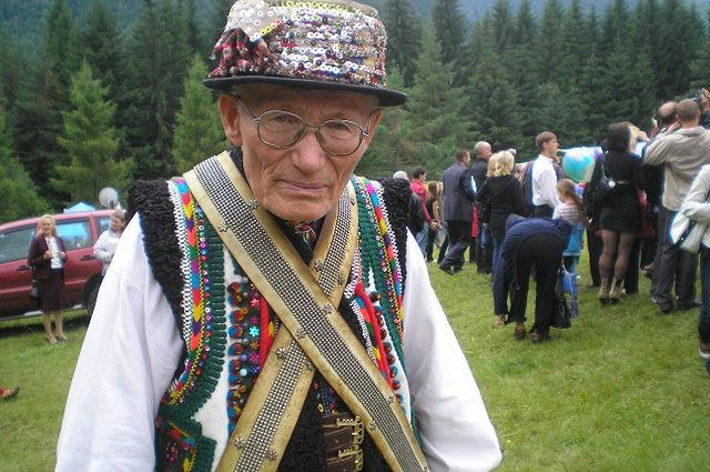 Очередной кровавый майдан и возвращении Крыма: Внучка известного карпатского мольфара предусмотрела Украины будущее
