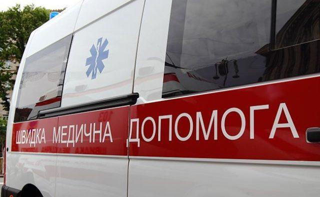 Упал на пол, скорая приехала слишком поздно: В Запорожской области в одной из школ произошла трагедия