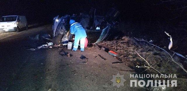 Смертельное ДТП в Одесской области: легковушка на бешеной скорости слетела в кювет, есть жертвы