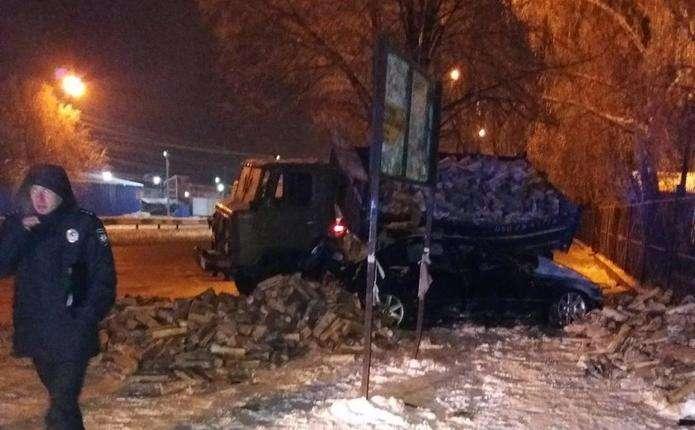 Сиротами остались двое маленьких детей: страшная авария в Черновцах унесла жизни супругов