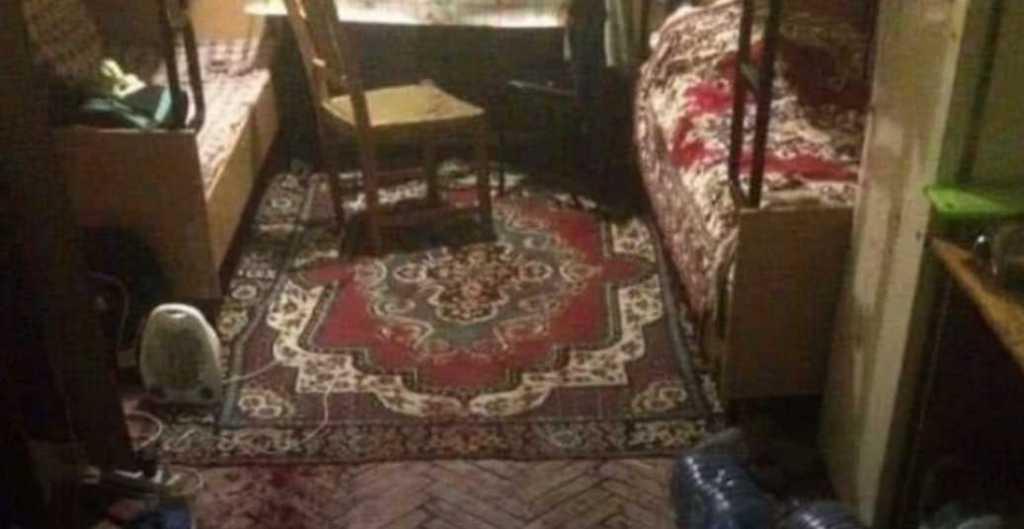 Ударил ножом и порезал вены: во Львове в общежитии произошла трагедия