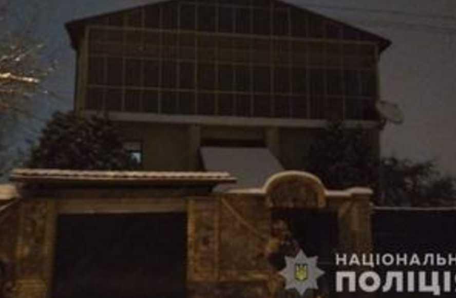 Поссорились: в Харькове родственники выясняли отношения огнестрельным оружием